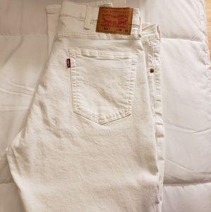 White Levi's 511 Jean's